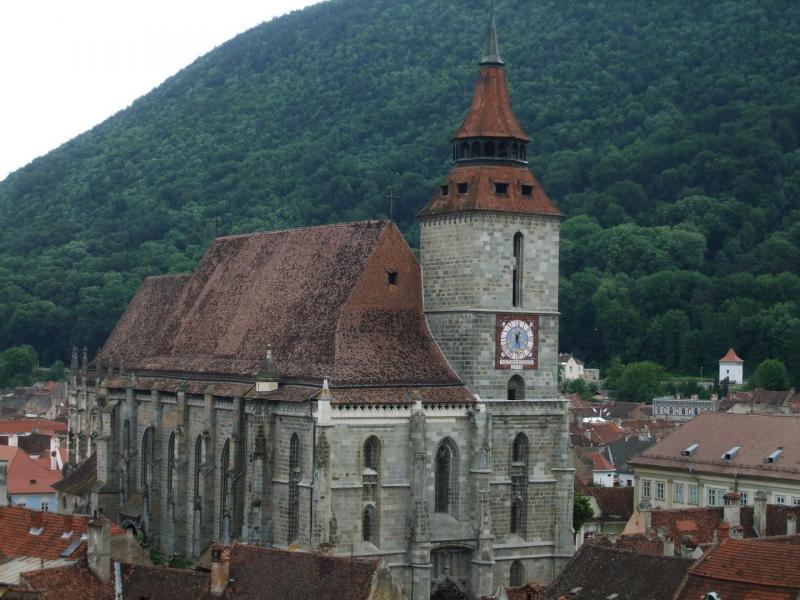 Obiective turistice - Biserica Neagra