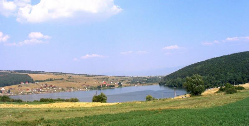 Obiective turistice - Lacul Padureni