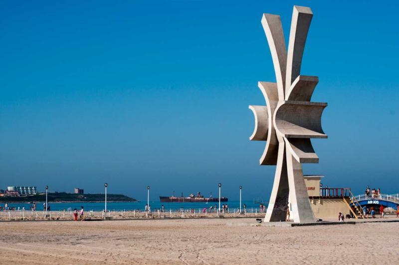 Obiective turistice - Obelisc Costinesti