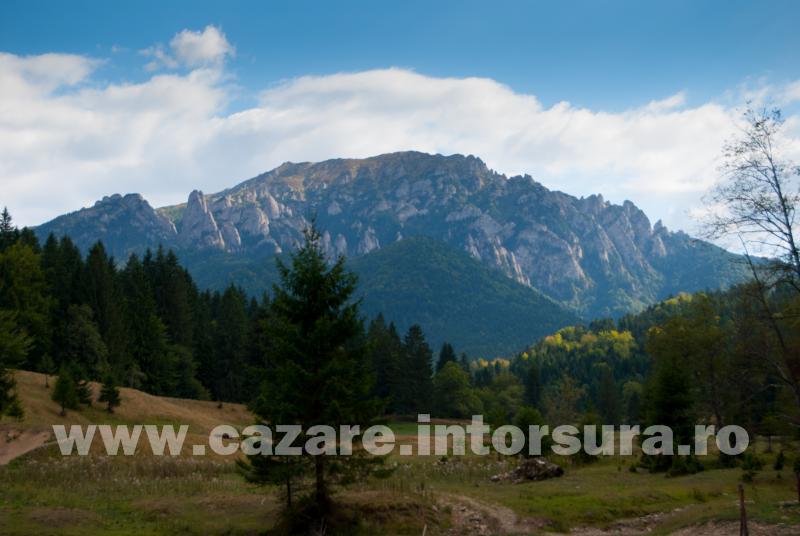 Obiective turistice - Intorsura Buzaului - Vama Buzaului - Dalghiu - Varful Ciucas (1954m)